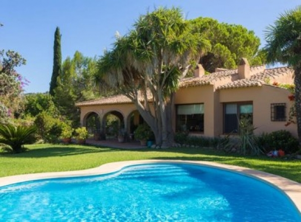 Classic Villa - Tossalet